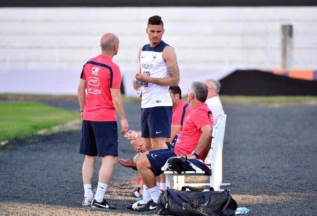 Giroud remplaçant et boudeur avec les Bleus