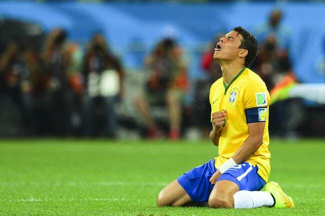 Que Thiago Silva arrête de pleurer demande Larqué