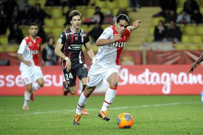 Falcao fait une promesse au PSG et à Monaco