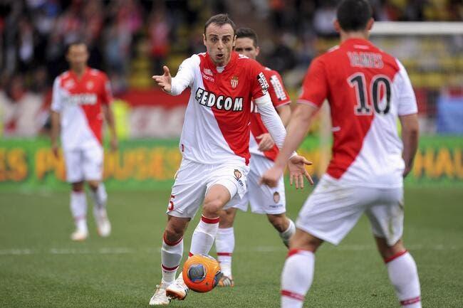 Officiel : Berbatov prolonge à Monaco