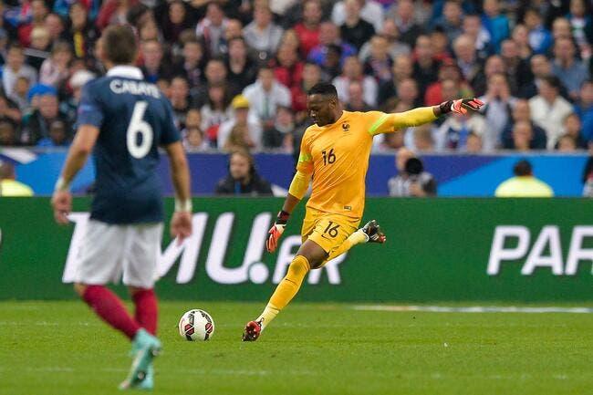Mandanda titulaire pour France-Suède au Vélodrome !