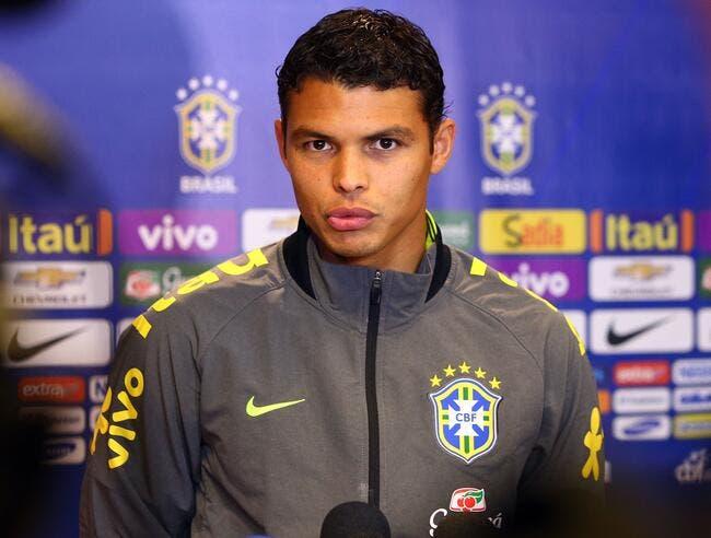 Thiago Silva, chouchouté au PSG, fouetté au Brésil