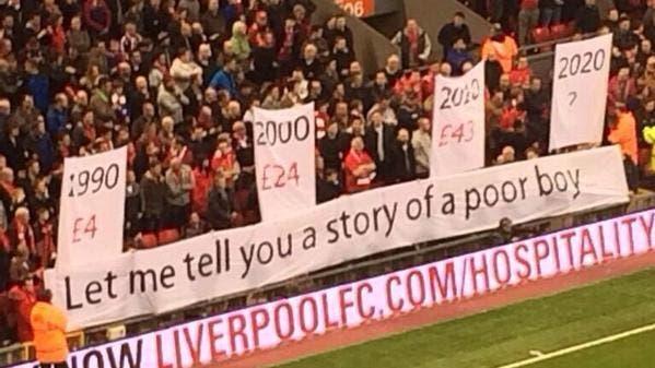 Photo : Liverpool, la banderole de la colère