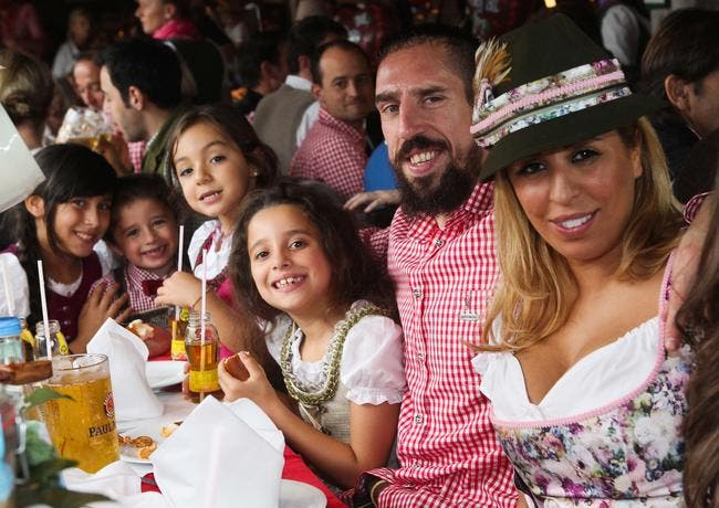 Photo : Et pendant ce temps, Ribéry fait la fête de la bière