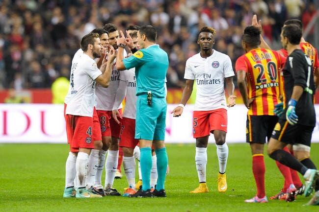 L'arbitrage, un des maux du foot français pour Martel