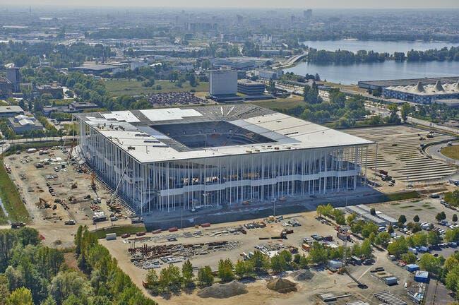 Photo : Le nouveau stade de Bordeaux prend forme