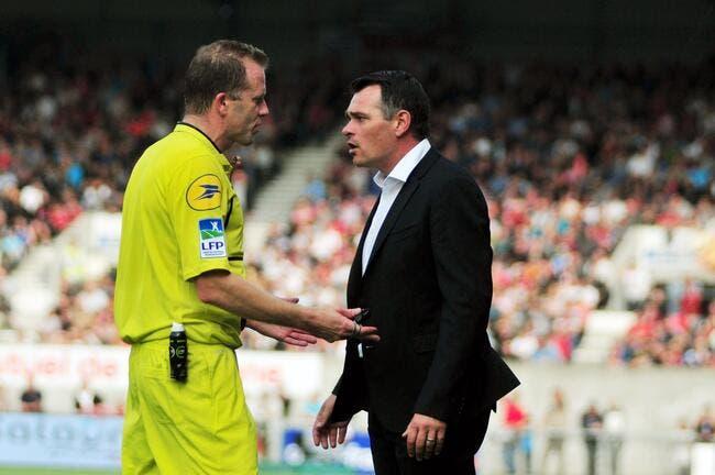 Sagnol demande la fin du match entre Bordeaux et les arbitres