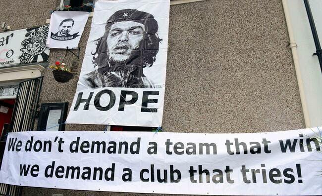 Photo : Les supporters de Newcastle réclament Ben Arfa