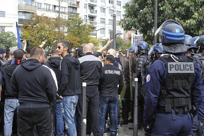 La police justifie le blocage d'Ultras du PSG à Charléty