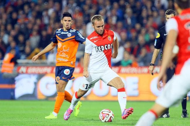 Germain bombe le torse devant Jardim à Monaco