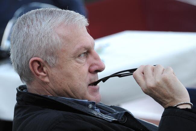 Bernard Lacombe se fait tacler par Luis Fernandez