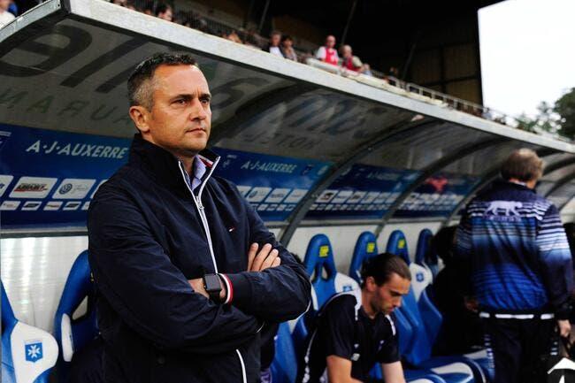 L'entraîneur d'Auxerre risque un an de suspension !