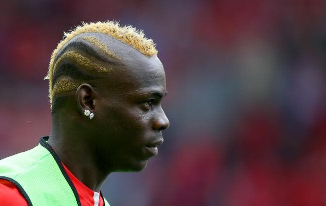 Cheveux, Twitter, alcool, Milan verrouille Balotelli !