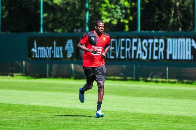 Watford met 12 ME, Rennes lâche Doucouré