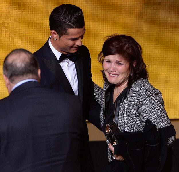 Cristiano Ronaldo au PSG, sa mère dit non