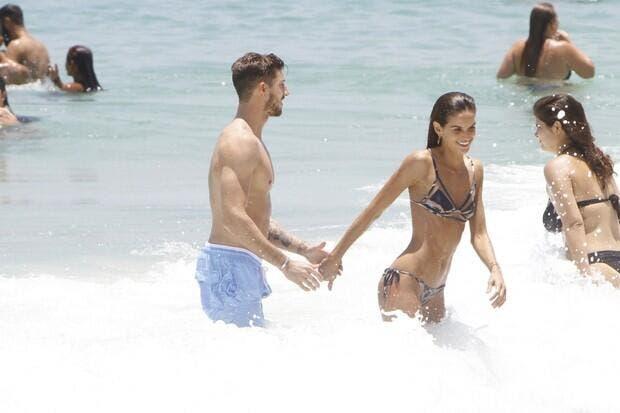 Accroche toi Rihanna, la fiancée de Trapp dévoile ses atouts