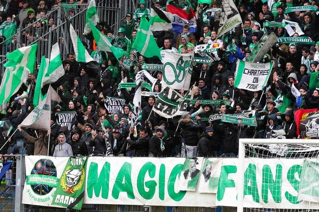 Le ministre confirme l'interdiction des fans de l'ASSE à Paris