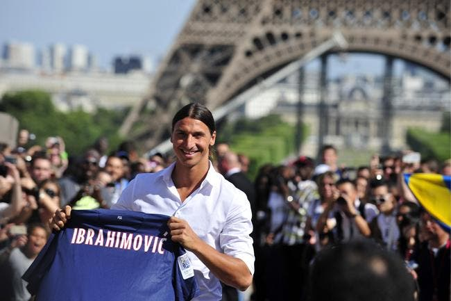 Ibrahimovic voit sa statue à la place de la Tour Eiffel