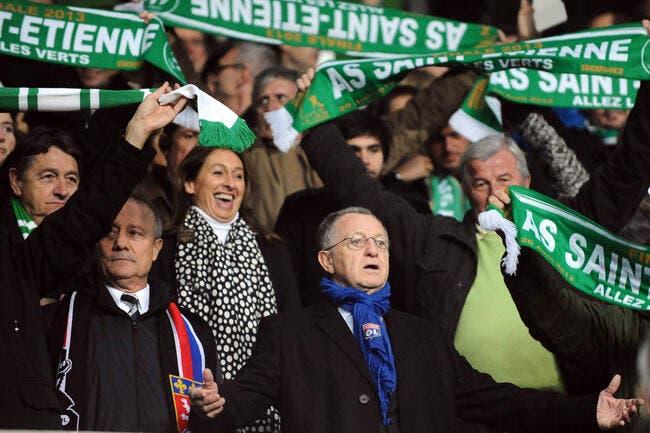 Avant ASSE-OM, Aulas entonne « Allez les Verts »