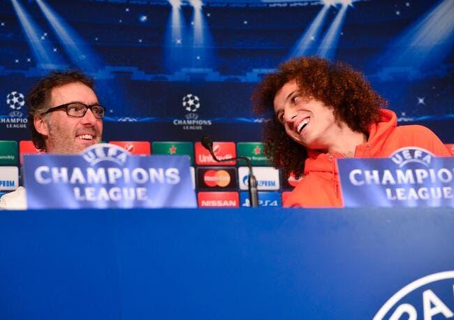 David Luiz milieu au PSG ? Blanc n'invente rien ironise Lizarazu