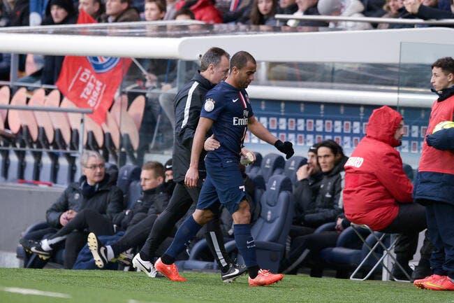 Le PSG annonce une absence plus longue que prévue pour Lucas