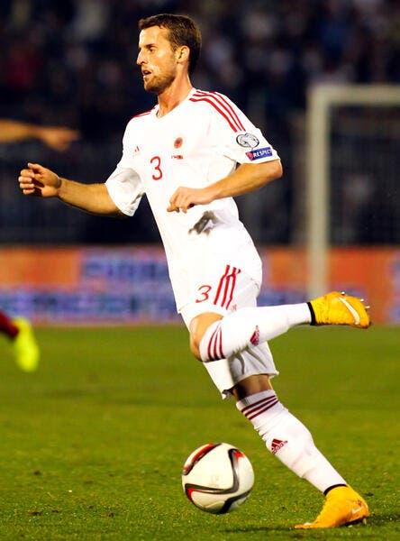 Officiel : Lenjani signe à Rennes