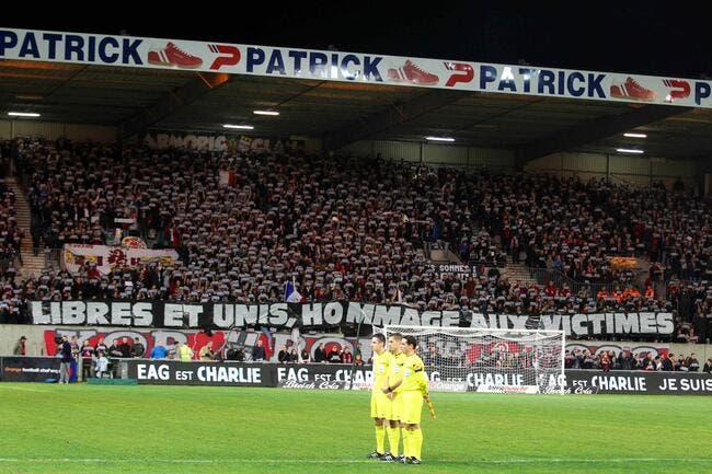 Photo : A Guingamp et partout, la L1 est Charlie
