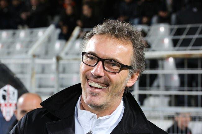 Blanc rigole de l'Italie qui n'a pas l'argent pour recruter au PSG