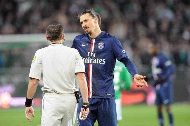 C'était pénalty pour le PSG et dehors Ibrahimovic pour Derrien