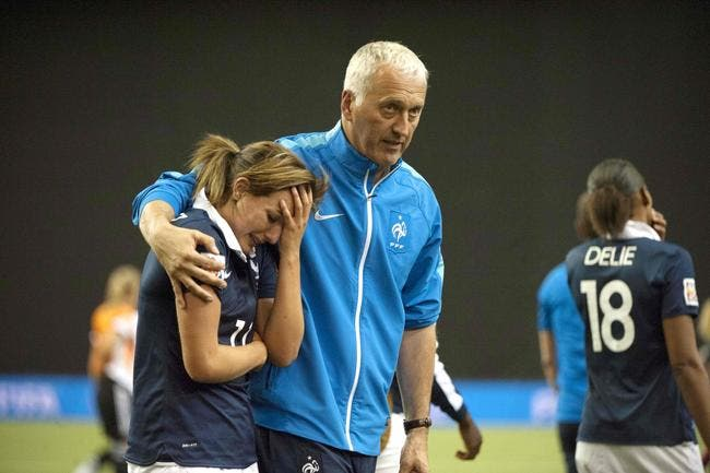 Bergeroo reste coach des Bleues jusqu'en 2017