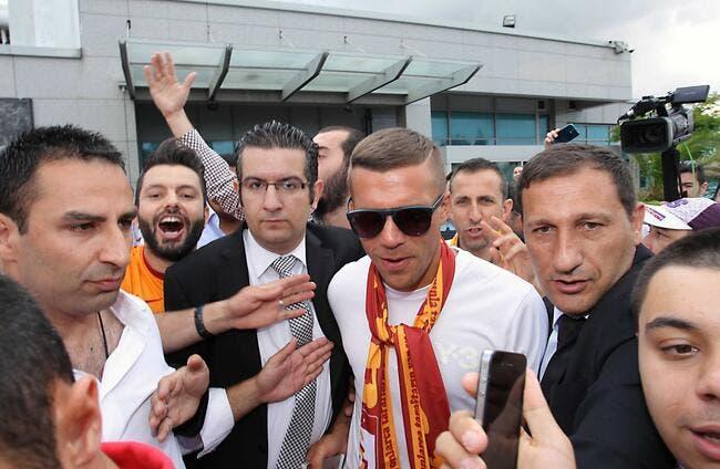 Officiel : Podolski signe à Galatasaray