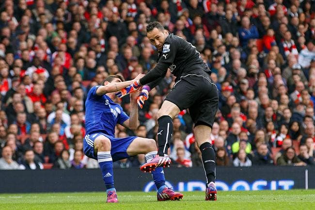 Everton met 7 ME sur Ospina