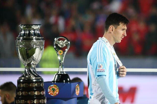 Messi casse les «coui….» à Maradona