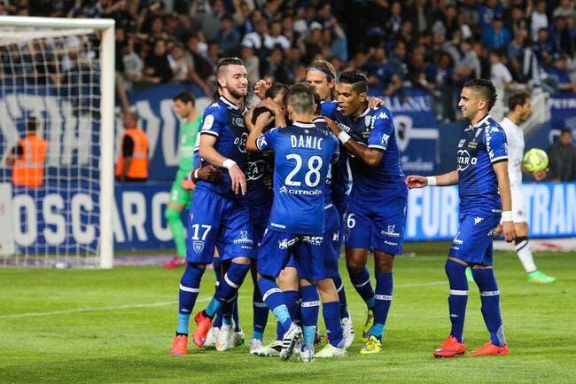 Bastia reste aussi en Ligue 1