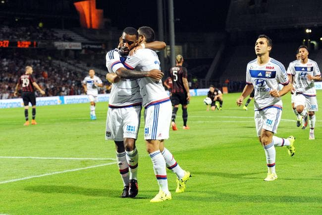 Lacazette, son avenir, les insultes..il met les choses au point
