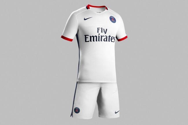 Le PSG présente son maillot extérieur 2015-2016