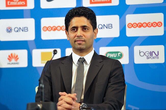 Al-Khelaifi tape du poing sur la table avec Thiago Motta