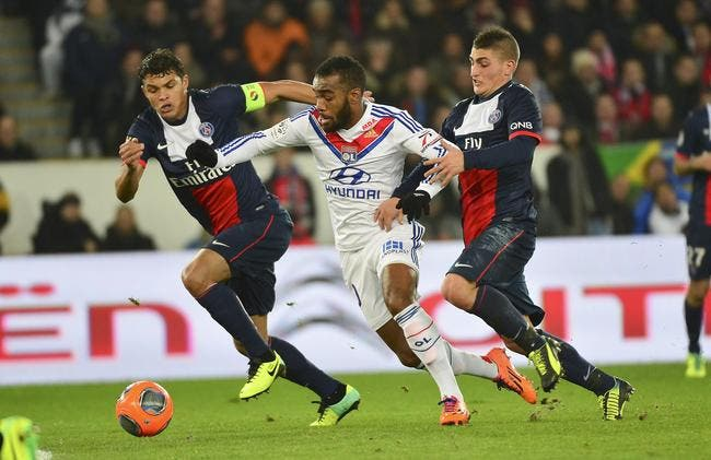 Lacazette n'ira pas au PSG, Pierre Ménès dit pourquoi