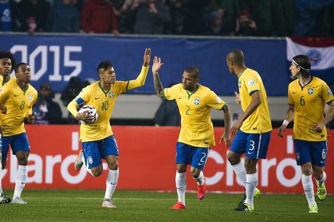 Neymar dément avoir traité l'arbitre de «fils de p…»