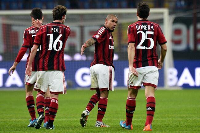 Officiel : De Jong prolonge au Milan AC