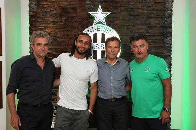 Officiel : L'ASSE recrute Assou-Ekotto