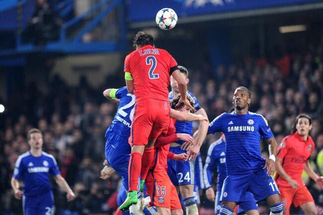 Vidéo : Le but de Thiago Silva dans les conditions du direct