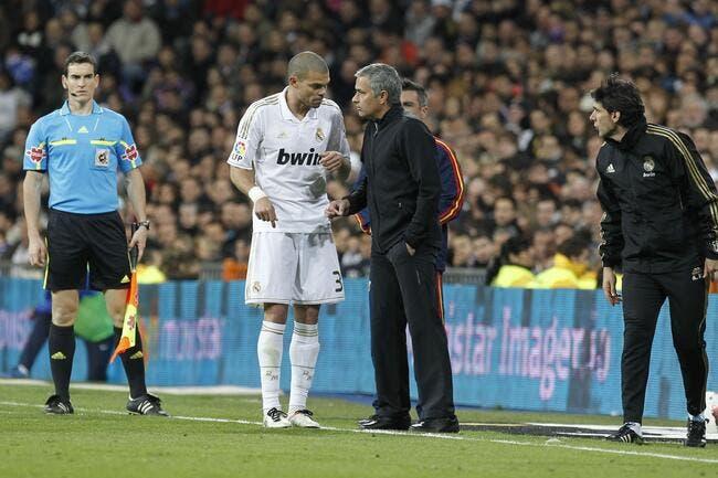 Entre Ancelotti et Mourinho au Real, Pepe a vite choisi