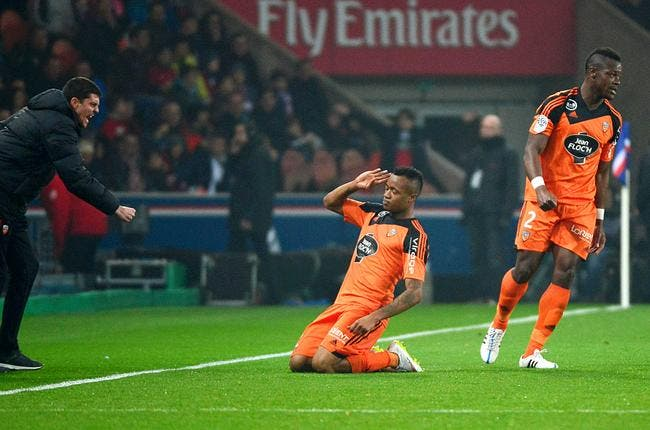J. Ayew craque avec Lorient et «ses joueurs de L2»