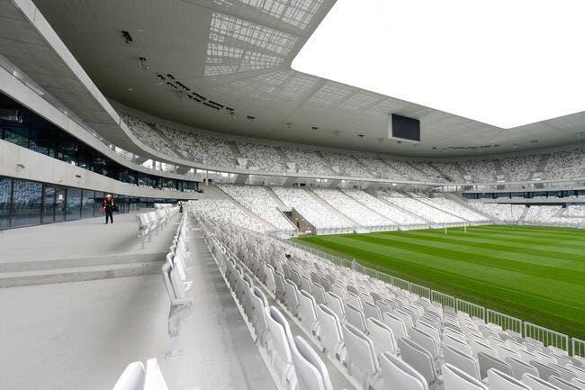 Photo : Bordeaux prend place dans son nouveau stade