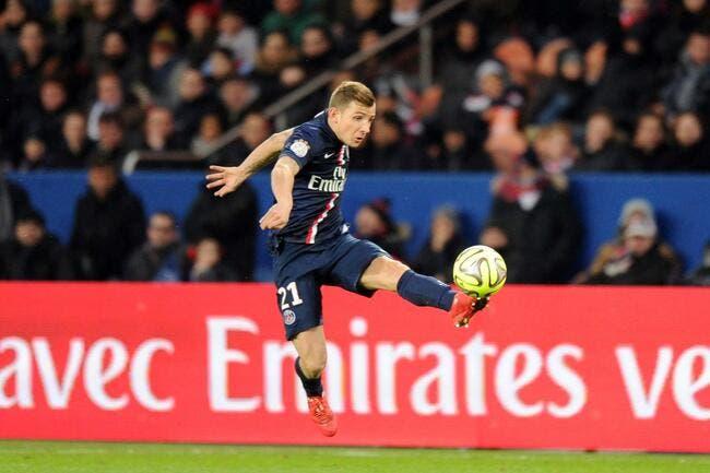 Digne répond aux rumeurs de départ du PSG