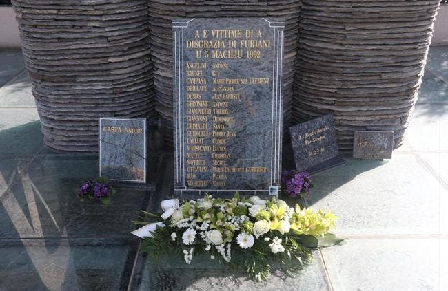 L'ASSE rend hommage aux victimes de Furiani
