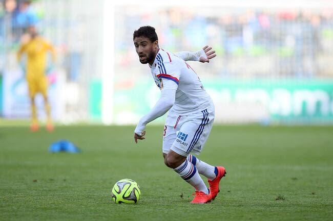 Fekir apprécie l'intérêt du PSG, mais il décide de rester à l'OL