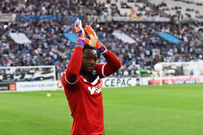Trophées UNFP : Mandanda meilleur gardien de L1