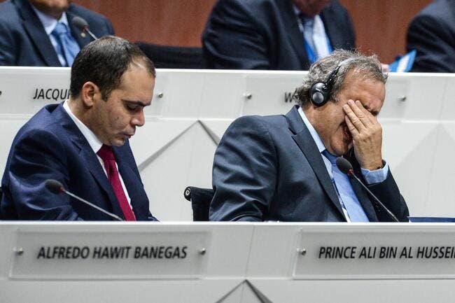 Le «lamentable» Platini envisage toujours un clash UEFA-FIFA